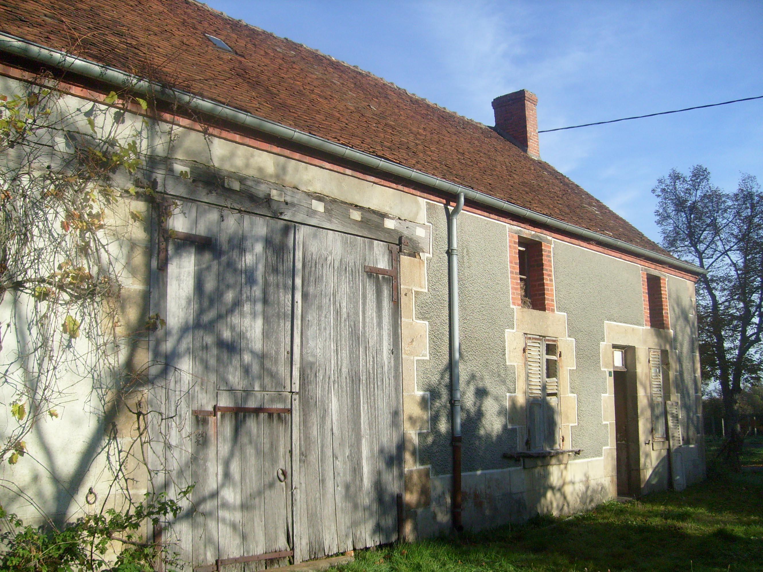 Gîte de 12 personnes en Creuse - façade avant 2010