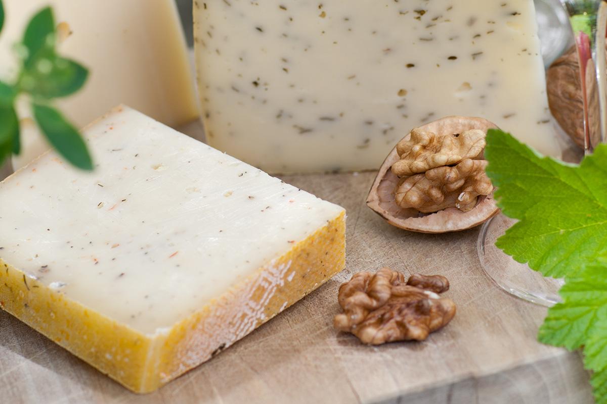 Gîte de 12 personnes en Creuse - La ferme de l'or blanc fromage