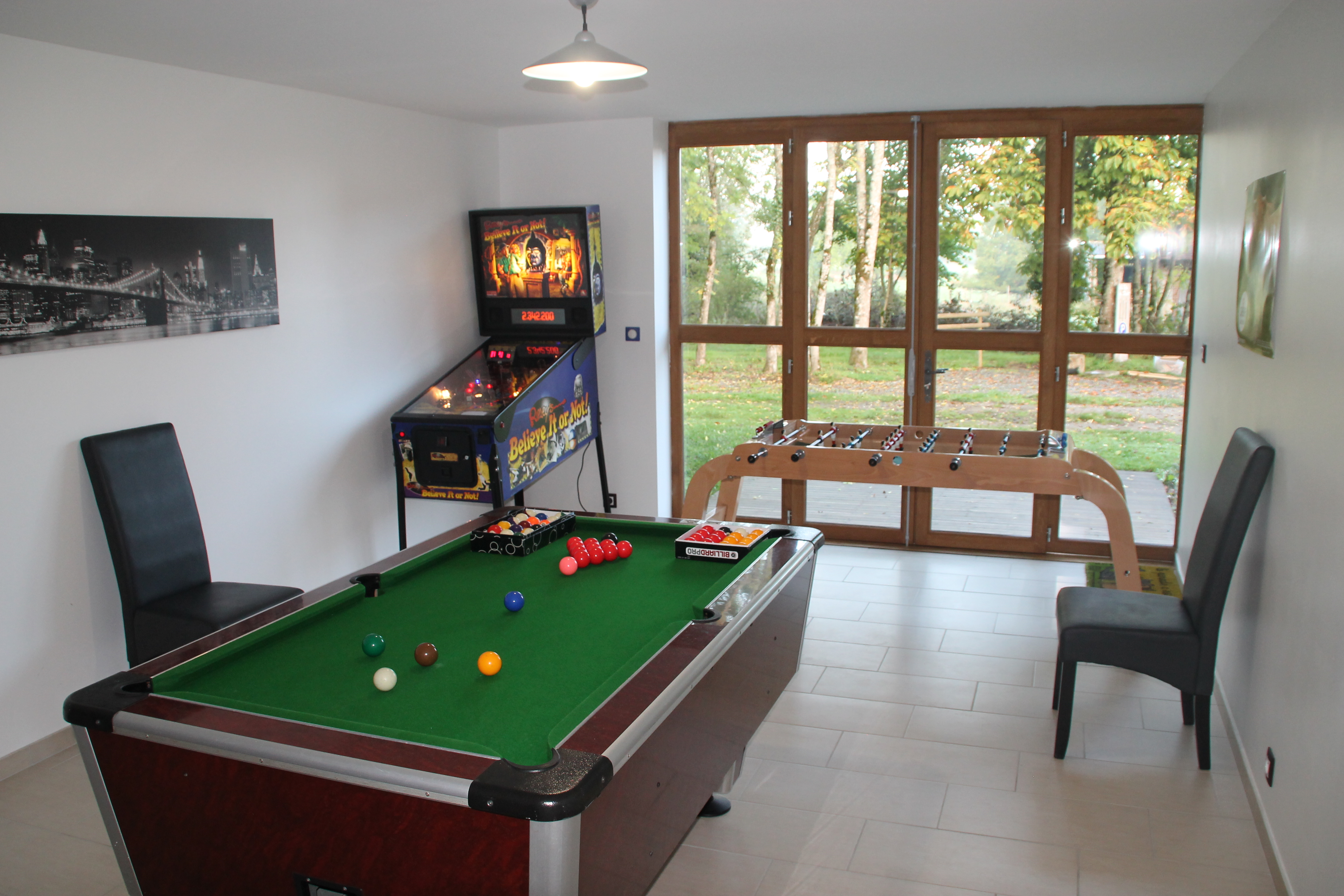 Cottage 12 people in Creuse - Game room